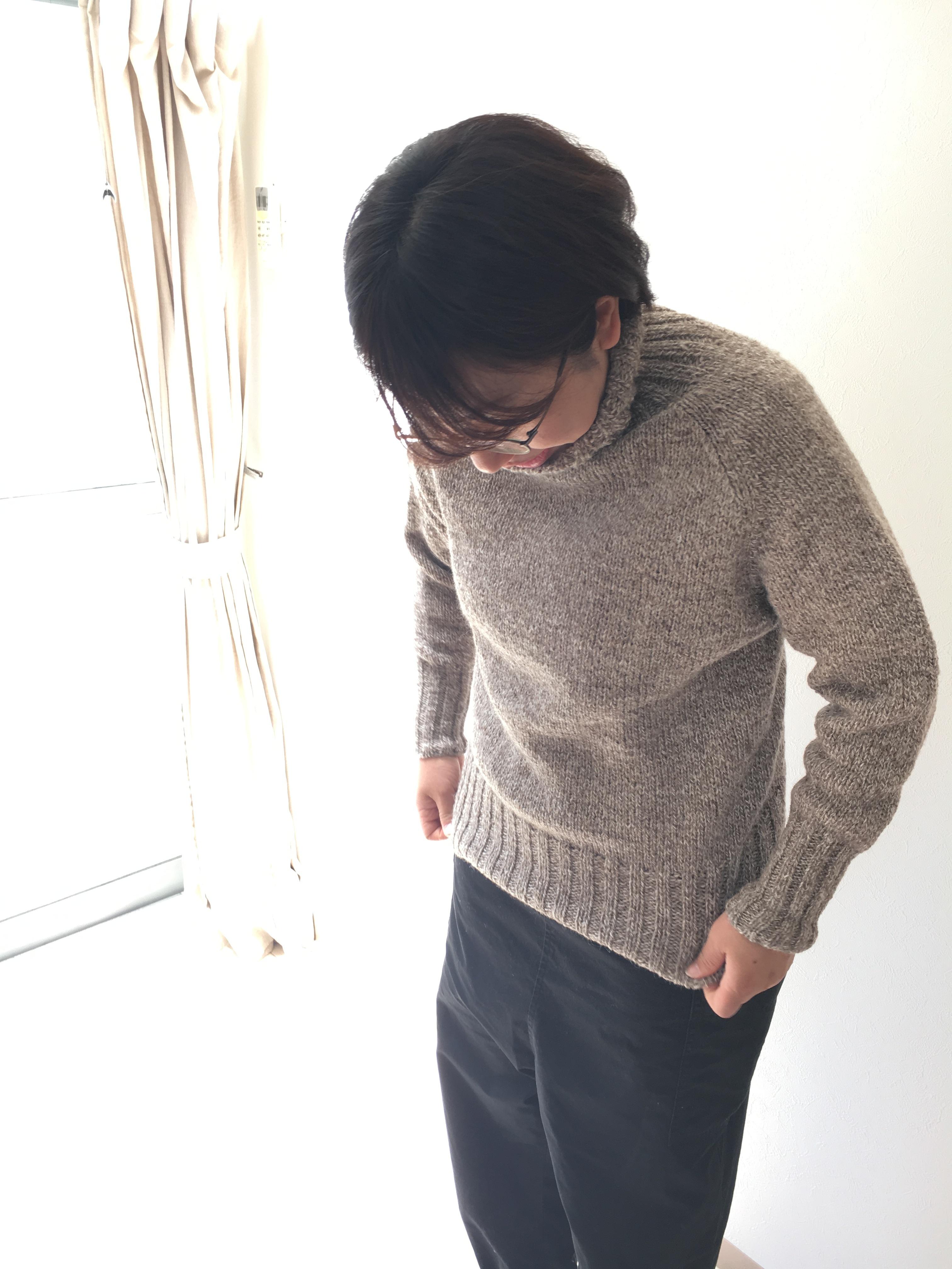 働くセーター