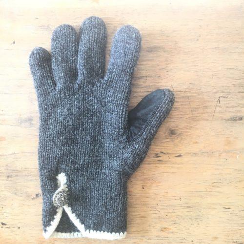 手袋のお直し
