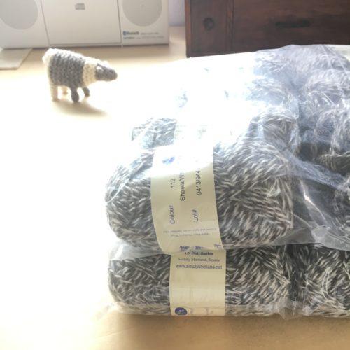 働くセーター作ります