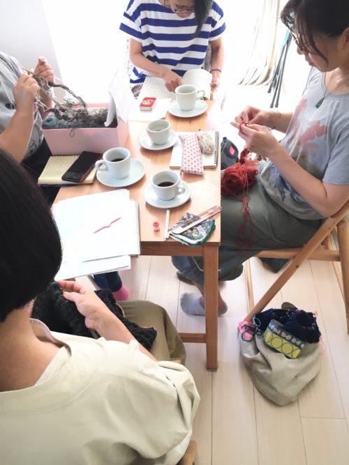水曜編み物クラブ